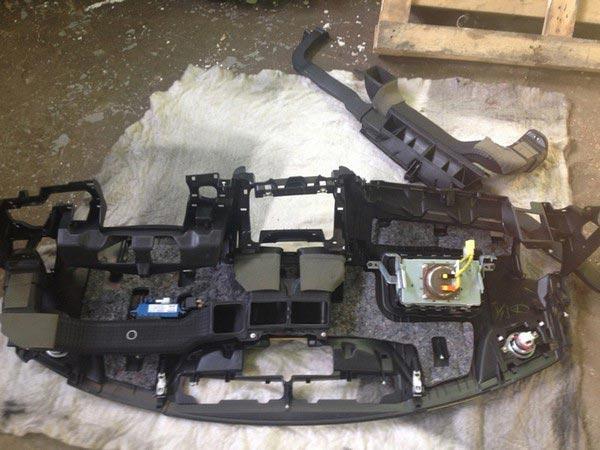 Демонтированная передняя панель Камри 40
