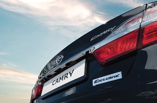 Крышка багажника Камри