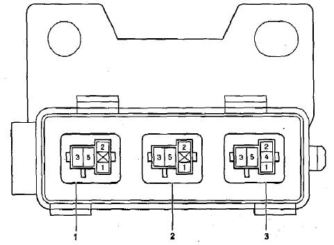 3-й блок предохранителей Corolla 120