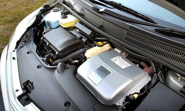 Под капотом Toyota Prius XW20