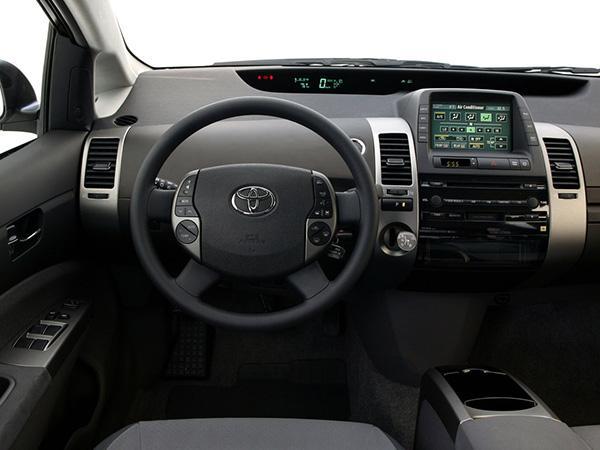 Салон Prius XW20