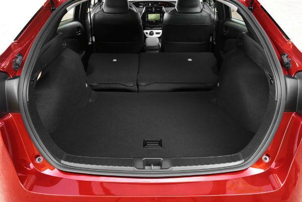 Prius 50 багажник