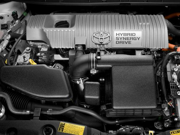 Toyota Prius 30 моторный отсек