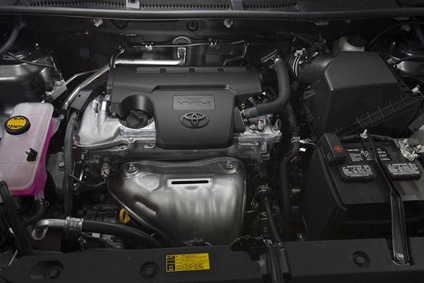 Toyota Rav 4 XA40 под капотом
