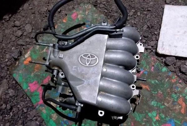 Впускной коллектор Тойота 3.4 5VZ-FE