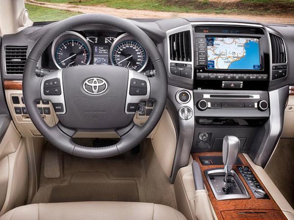 Руль и панель приборов Land Cruiser 200