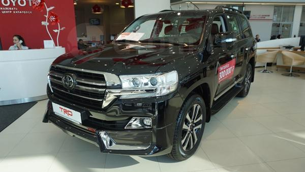 Toyota Land Cruiser 200 TRD