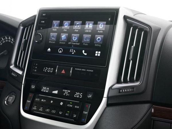Мультимедиа система Toyota Touch Pro