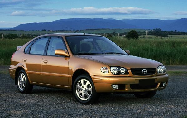 Toyota Corolla E110 1999 года