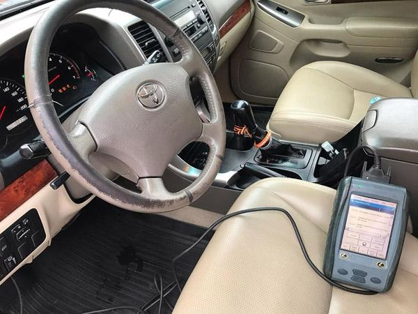Диагностика Land Cruiser Prado 120 дилерским автосканером Lexus