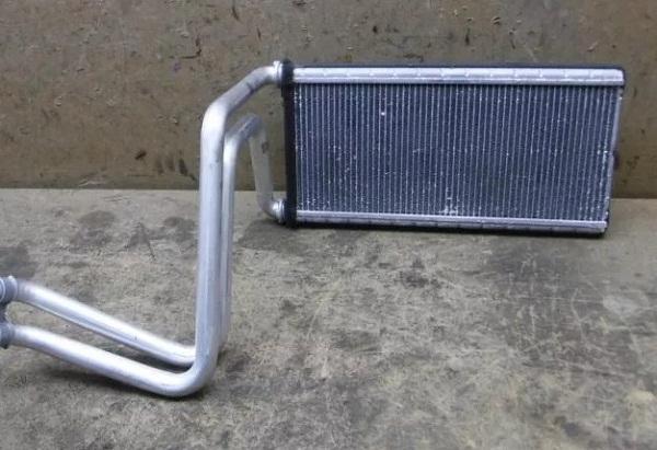 радиатор печки Прадо 120