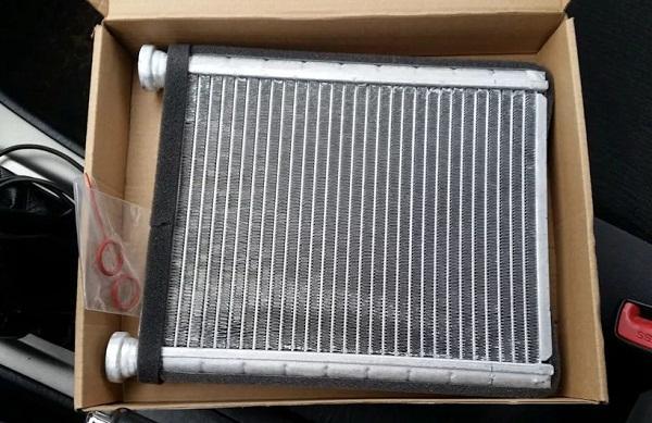 замена радиатора Prado 120