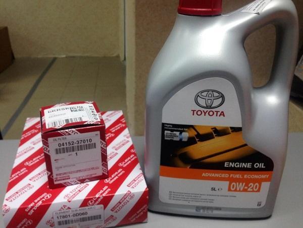 Оригинальное масло и масляный фильтр Тойота