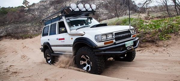 ЛендКрузер 80 на резине Arctic Truck