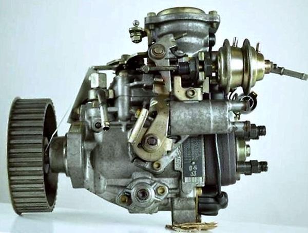 ТНВД двигателя 3L