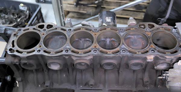 Блок цилиндров двигателя Toyota 1G-FE