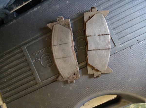замена передних дисков