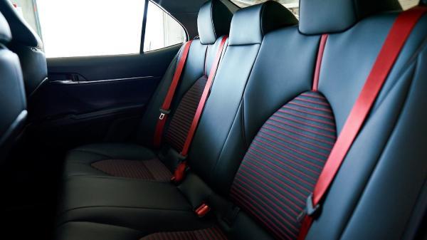 салон Toyota Камри TRD