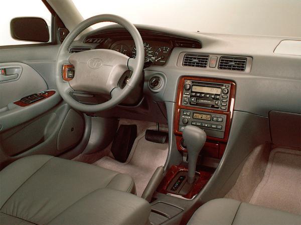 Салон Toyota Camry 20