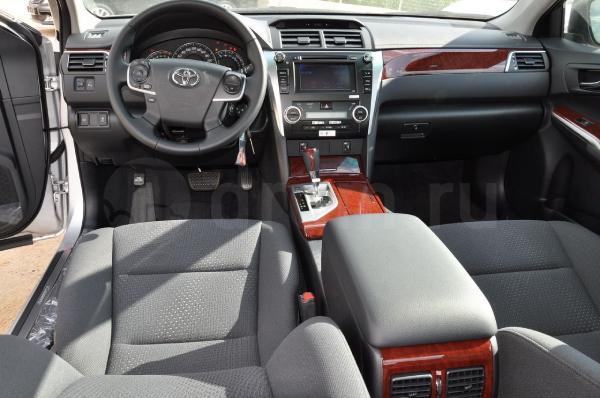 Toyota Камри 50