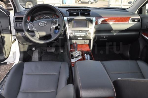 Toyota Камри элеганс