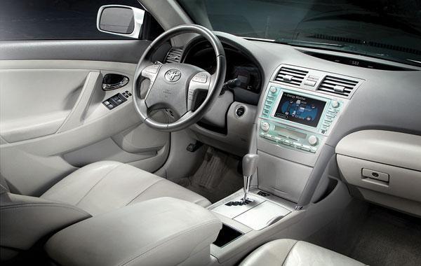 салон Toyota Камри 40 Hybrid