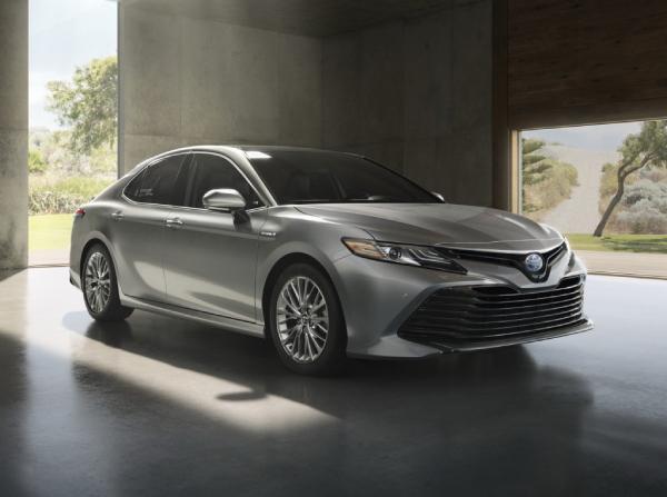 Toyota Камри 70 Hybrid